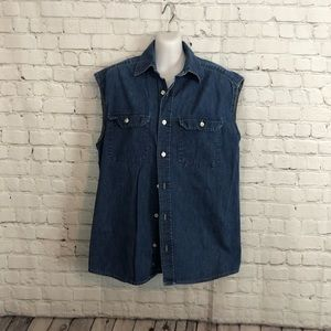 Old Navy Denim Sleeveless Button Shirt Size: Small